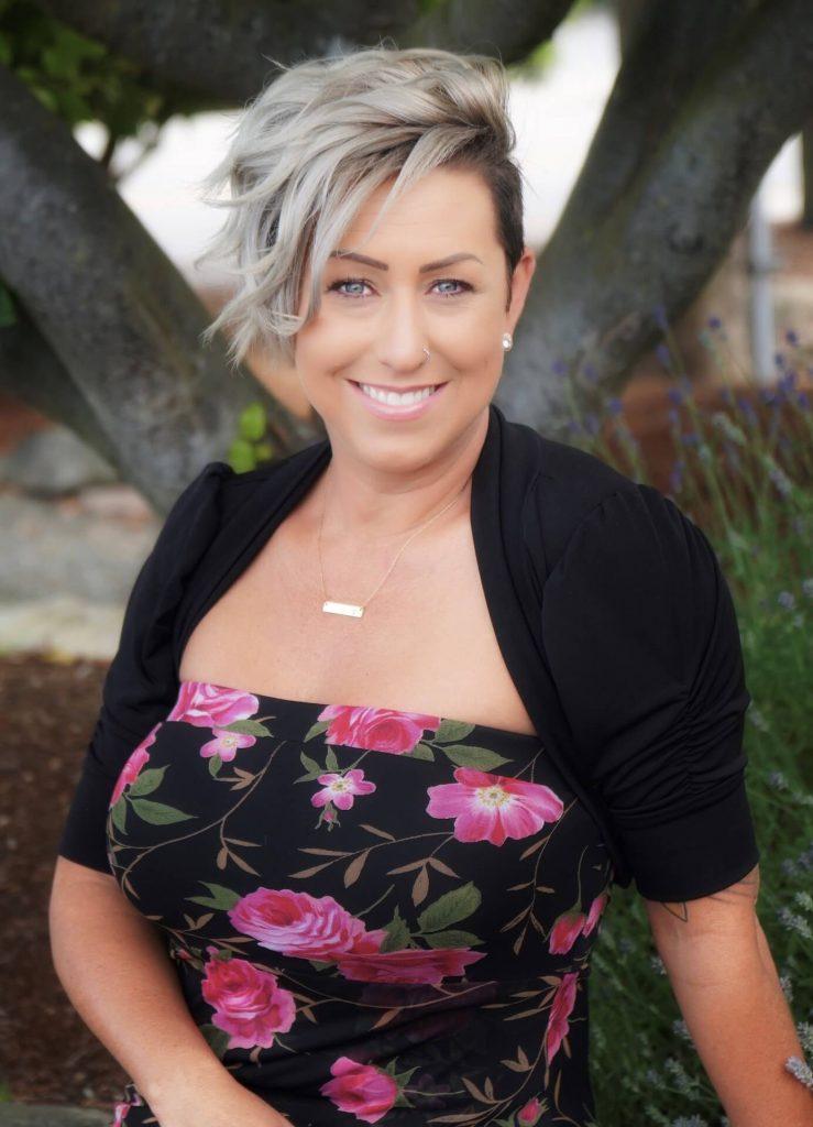 Diane Dental Assistant / Administrative Staff